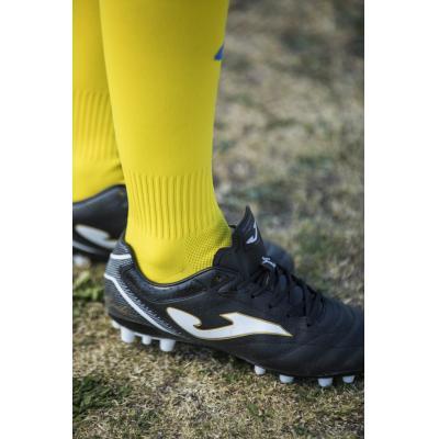 Telpu futbols/Futbols